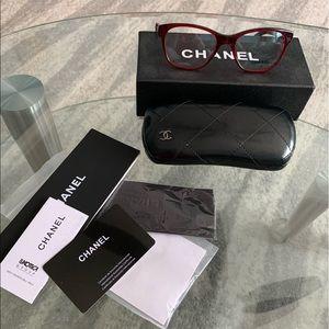 CHANEL Vine Red Guilted Eyeglass Frames 52/17/140